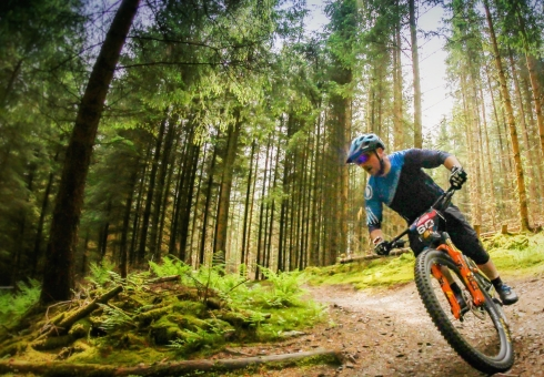 Prepare for Enduro racing with Ridelines skills courses