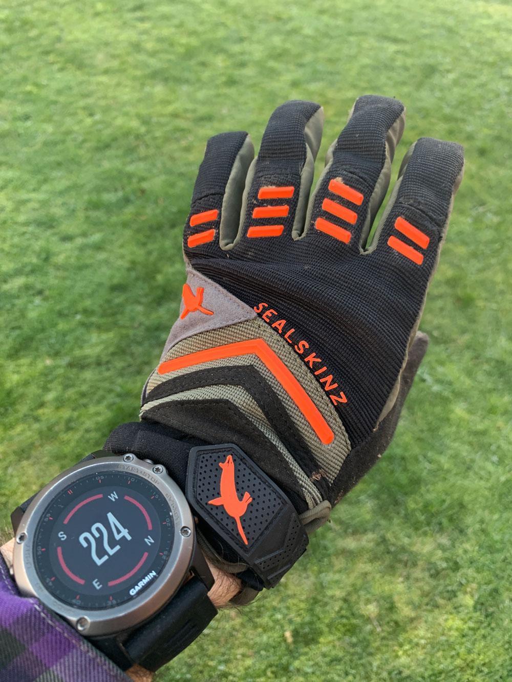 b1ab1036c7e53 Ridelines sealskinz dragon eye waterproof glove review jpg 1000x1333 Sealskinz  waterproof gloves review