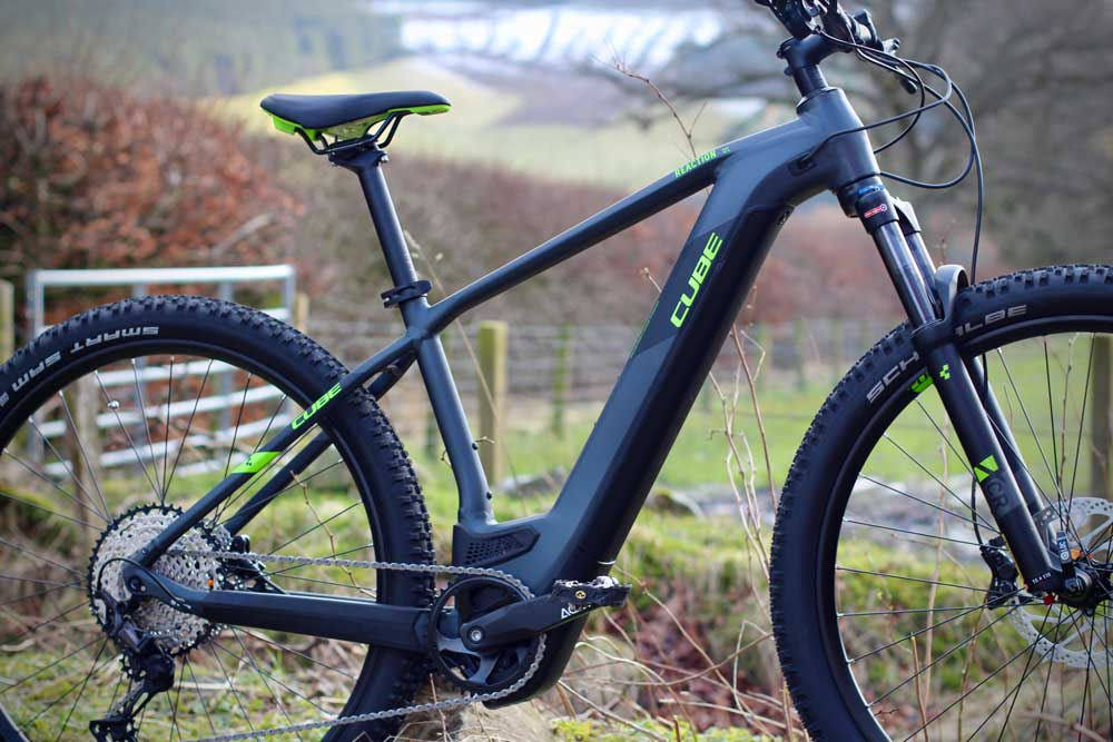 Electric bike guided rides Tweed Valley